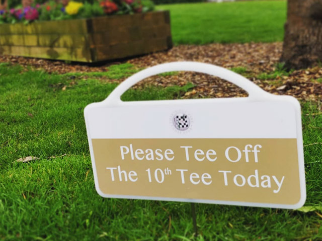 New golf course signs for Chartridge Park Golf Course